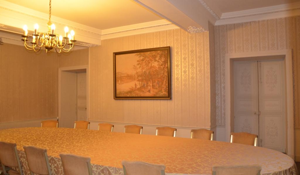 ch teau de montataire salle du baron de cond 60160 montataire. Black Bedroom Furniture Sets. Home Design Ideas