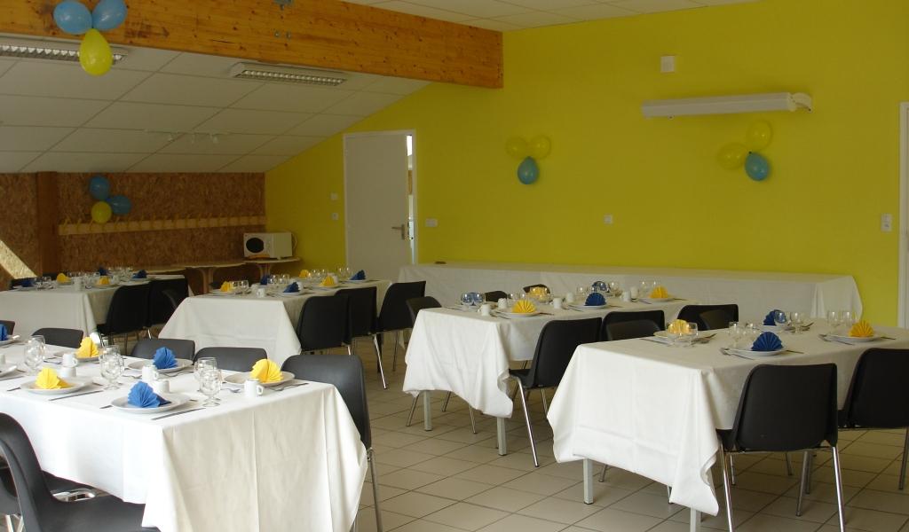 photo Salle du Bois du Tay 90 m²